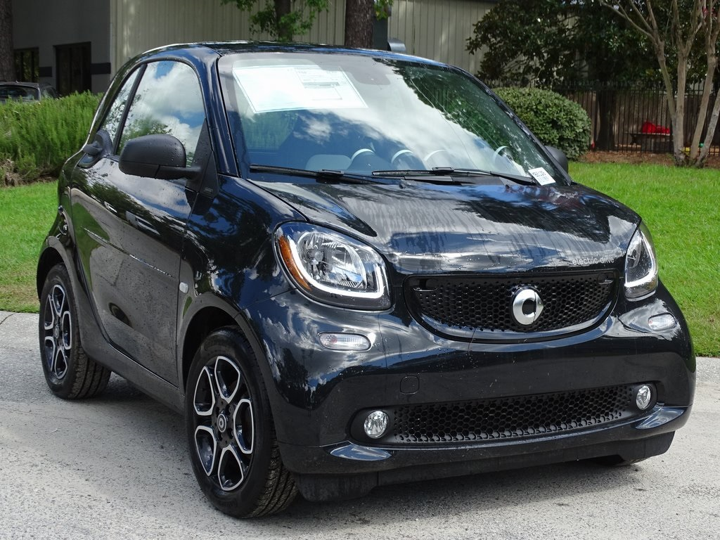 New 2018 smart smart fortwo coupe fortwo electric drive coupe